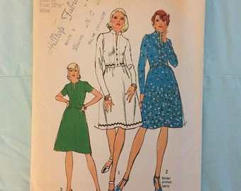 1973 Vintage Simplicity pattern #6153