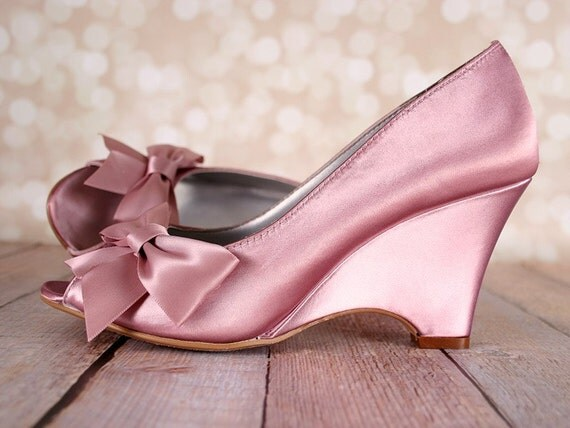 antique pink wedding shoes wedge shoes bridal shoes bow