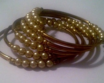Memory Wire Gold with Golden Pearls Bracelet