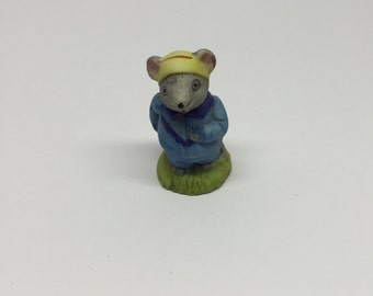 Russ Figurine Jogger Lil' Mouse Town Porcelain Miniature Occupation Mice