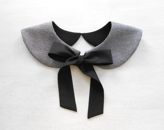 Black Bow Casual Gray Collar Necklace / Detachable Handmade Peter Pan Collar / Col Claudine Amovible