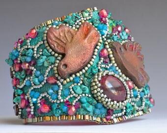 Lovebirds- a bead embroidered bracelet