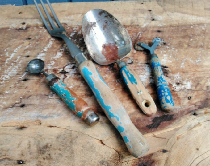 Vintage Kitchen Utensils - Blue Kitchen Utensils - Wooden Kitchen Utensils