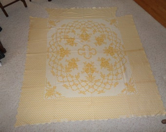 Yellow and Cream Bedspread