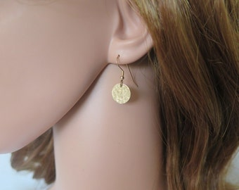 Delicate earring, Dainty Earring, Tiny Gold Earring, Small Dangle Earring, Silver Circle Earring, Disc Earring, Minimalist, Hammered earring