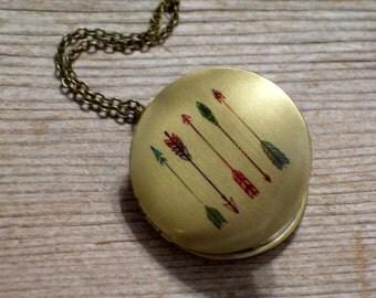 SALE Arrow Locket, Tribal Locket, Round Brass Locket Necklace, Southwest Necklace, Arrow Pendant, Tribal Jewelry, Boho Locket