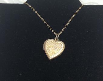 Heart Shape Pendant, Silver Tone Locket, Vintage Heart Design, HALF OFF Sale, Item No. B595