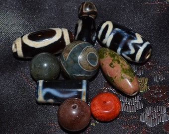 Lot of dzi beads instant bracelet DZL346