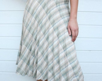 ON SALE Vintage High Waist Plaid Pleated Skirt