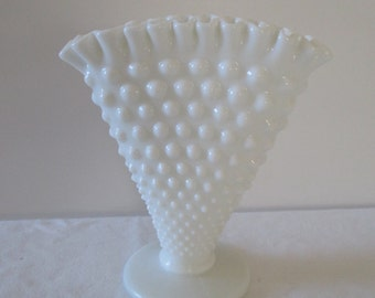 Vintage Fenton Hobnail Milk Glass Fan Vase