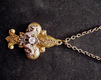 Bronze Fluer de lis Necklace