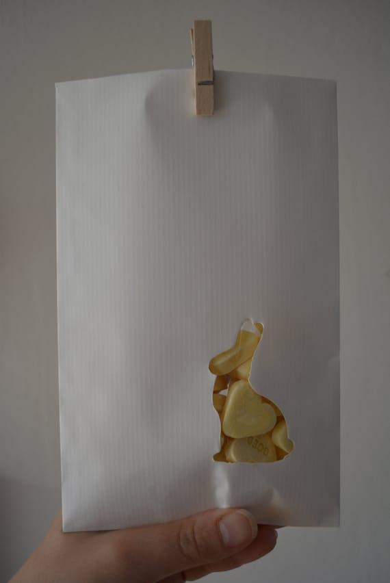 Witte kraft papieren zakjes met een konijn venster in door for Papieren kraft zakjes