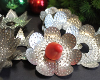 25 Vintage Punched Tin Christmas Light Reflectors // Stars and Flowers // Primitive Tin