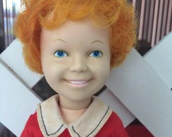 Annie doll 1982