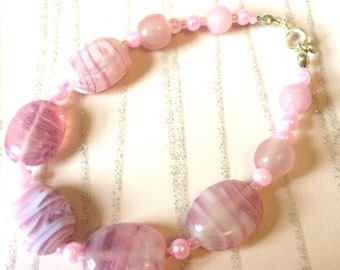 Bracelet Pink Glass bead and Pink faceted Glass Crystal Fashion Trend Ladies Bracelet Handmade Jewellery Gifts for her, Crystal Bracelet