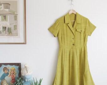 Vtg 50s Chartreuse Linen Fit & Flare Shirt Waist Dress • Yellow Green 40s Shirtdress - XS/S