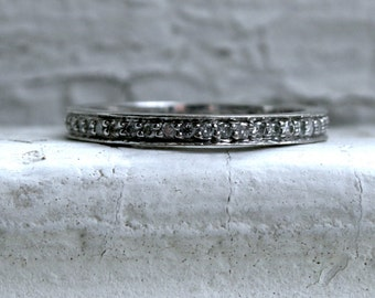 Great Vintage 14K White Gold Pave Diamond Eternity Wedding Band - 0.66ct.