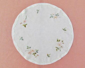 Antique linen doily with silk embroidery, c.1900 hand embroidered large round linen doily, large doily with floral embroidery in silk thread