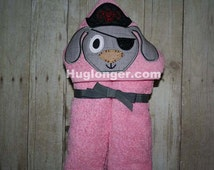 Applique Pirate Dog Hooded towel design embroidery file