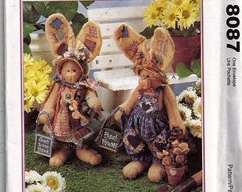 Sweet spring Thyme / Original McCall's Crafts Uncut Sewing Pattern 8087