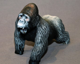 """Gorilla Bronze  """"Mombo"""" Silverback Gorilla King Kong Figurine Statue Sculpture Art / Limited Edition Signed & Numbered"""