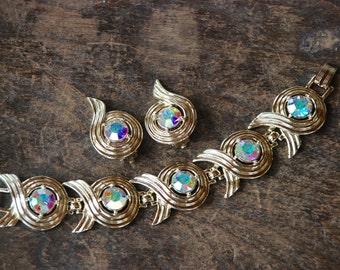 Vintage SARAH COVENTRY Link Bracelet Clip On Earrings Aurora Borealis Rhinestones Gold Tone Swirl 1960's // Vintage Designer Costume Jewelry