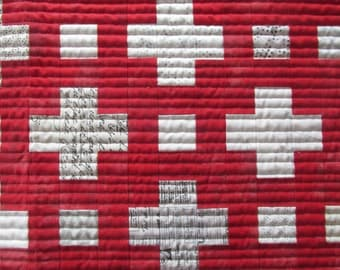 Modern Background Plus Grunge Red Quilted Table Runner Moda