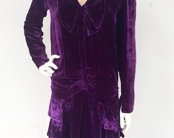 Beautiful 1920's deep purple ruffle bottom velvet tea dress with cream lace detail
