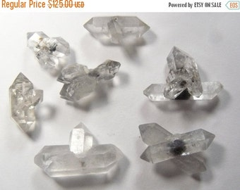 7 Double terminated crystal points, crystals growing out of crystals, small crystals, metaphysical crystals, inclusions  (c92916)
