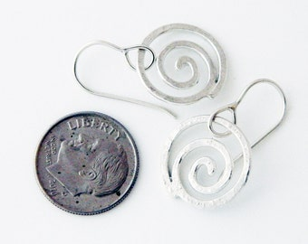 Spiral jewelry, silver jewelry- silver spiral earrings, small spiral earrings, swirls