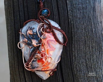 Wire wrapped pendant/Druzy pendant with winged horse/ooak/Gemstone necklace/Gift for her/gift for girlfriend/Valentine's day gift/Gift ideas