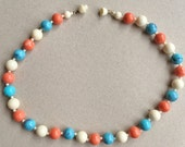 80s vintage trendy coral turquoise blue and white acrylic beaded choker necklace