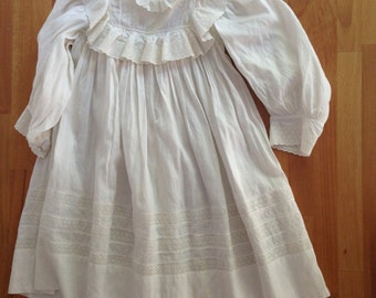 Beautiful VIctorian White Christening Gown Dress, Baby Infant