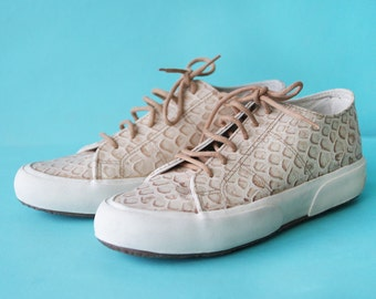 SUPERGA beige snakeskin pattern embossed leather white rubber platform sole low top tennis sneakers shoes 37 7