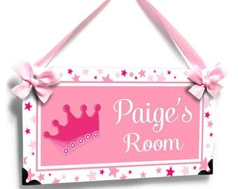 personalized bedroom door sign, baby girl room pink crown with stars - P2494