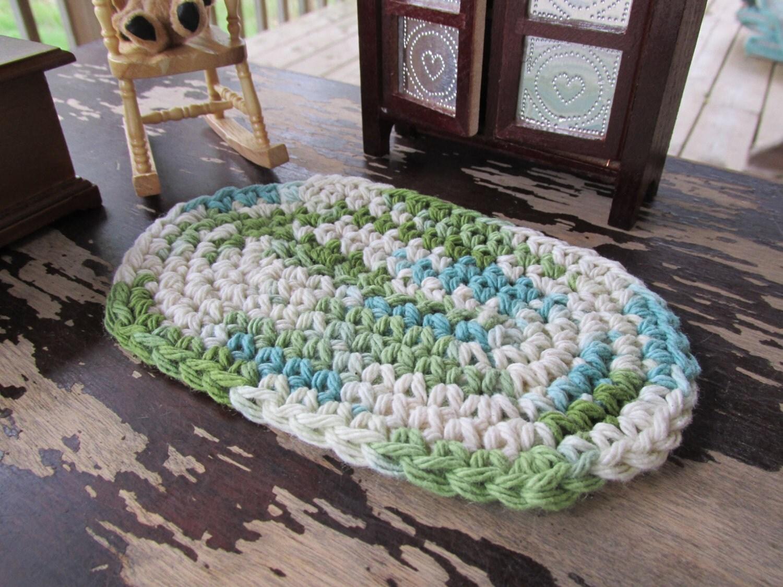 Crochet Star Wars R2d2 Free Pattern Amigurumi : Springtime Oval Mini Rug Doll House Rug Crocheted Miniature