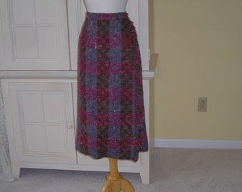 60's wool tweed plaid wrap skirt, Lined in brown crepe, many color tweed plaid, a pencil skirt with kilt fringe accent