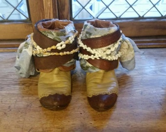 Upcycled Boho gypsy cowgirl boots. Size 8