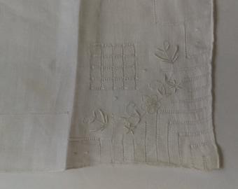 Antique White Linen Embroidered Handkerchief 1940s