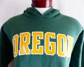 go UO Ducks vintage 90's University of Oregon Eugene forest green fleece hoodie graphic sweatshirt yellow gold white print block logo large