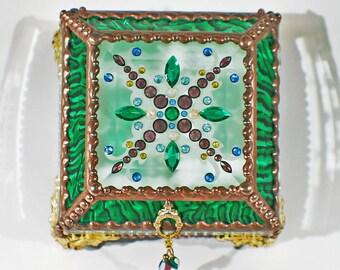 Jewel Encrusted Treasure Box -4x4 Emerald Green