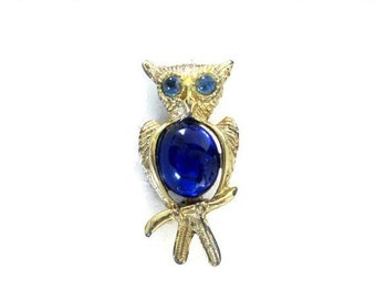 ON SALE Vintage Owl Brooch, Gold Tone, Blue Jelly Belly Pin, Retro Figural Jewelry