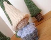 Winter Wool Waldrof Pocket Gnome