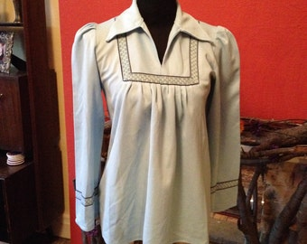 SALE!!! Vintage 60s 70s Mod Hippie Psych Blue Babydoll Tunic Top Blouse w/Embroidery - S/M