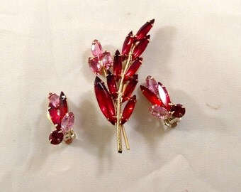 Red and Pink Brooch with Matching Clip Earrings, Gold Tone Metal, Unsigned, Julianna?