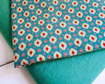 """Vintage FRENCH PROVENCAL FABRIC, Green with Medallions, Cotton. 100cm x 100cm or 39 """" x 39 """"."""