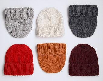 UNE TUQUE faite de laine récupérée ici et là, choisissez votre couleur parmi les choix montrés