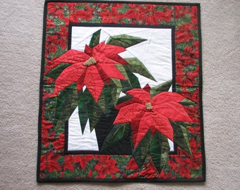 Poinsettia quilted wall hanging, Poinsettia, quilted wall hanging, home decor, Red quilt, Floral quilt, paper pieced quilt, quilts, Beads