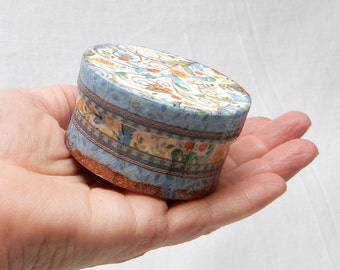 Miniature gift box, Floral Mini Round Trinket Box, multi purpose box, keepsake box, treasure box, decorative box, decoupaged box
