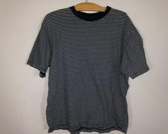striped shirt size M